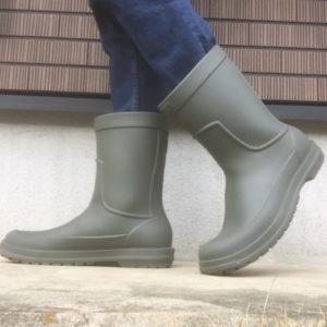 クロックスの足の大きな人でも履ける長靴サイド